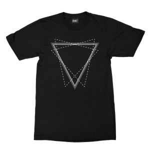 maglietta-nera-triangle-black-t-shirt-stampa-grafica-bianca-graphic-print-white