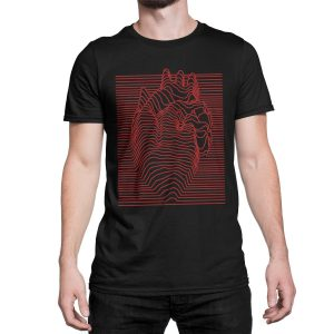vestita-maglietta-nera-illusion-heart-black-t-shirt-stampa-grafica-rossa-graphic-print-red